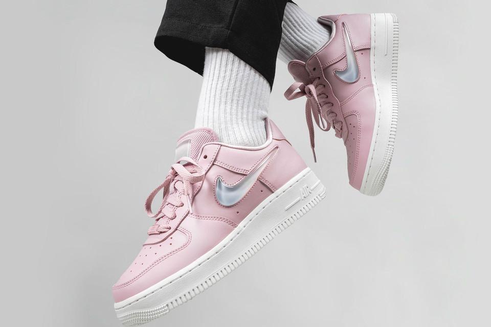 Nike Air Force 1 '07 SE Premium Pink (36-40)