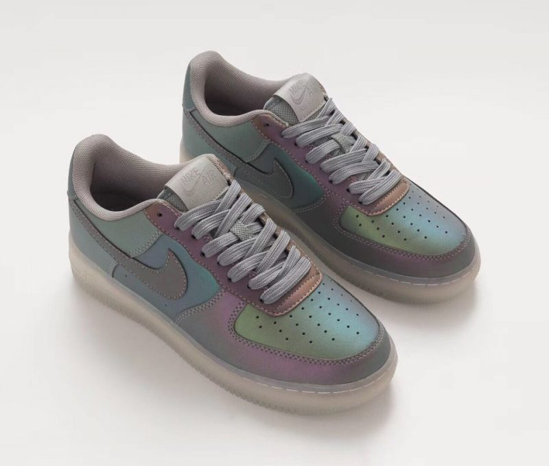 Fake-Air-Force-Ones-For-Sale152-019-Gradient-Colorful-Chameleon-Air-Force-1-07-LV8-Anthracite-Chameleon-Air-Force-LV8-Iridescen-1-e1568742050329