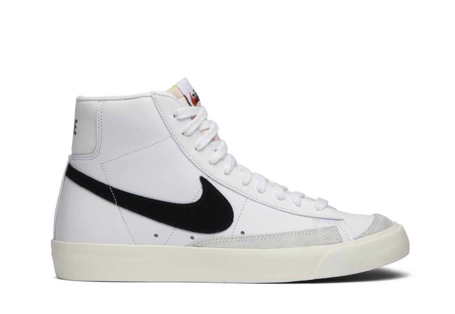 1Krossovki-Nike-Blazer-Mid-77-Vintage-White-Black-2-scaled-e1625782702891
