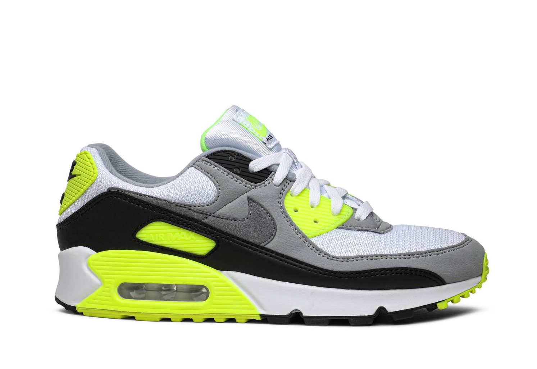 2Krossovki-Nike-Air-Max-90-Essential-Volt-e1625673705834
