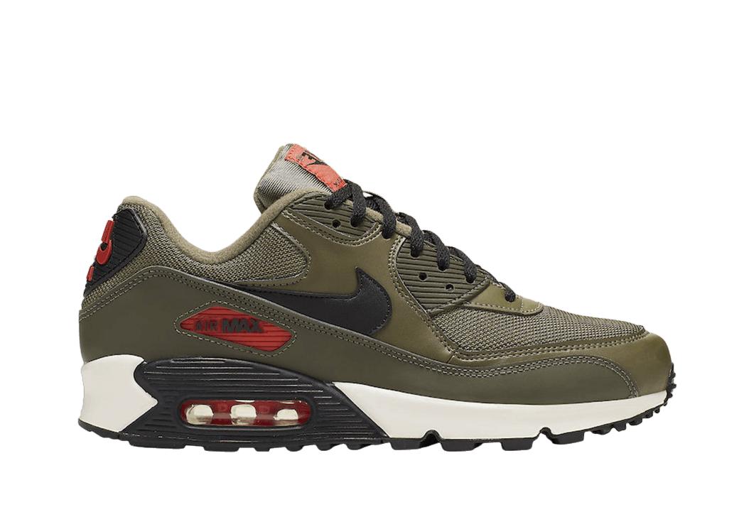 6Krossovki-Nike-Air-Max-90-Essential-Raptors-e1625671545311