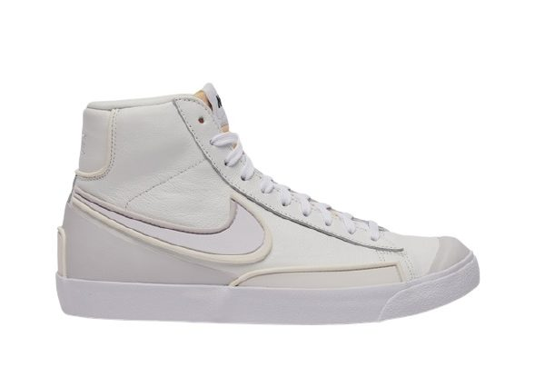 7Krossovki-Nike-Blazer-Mid-77-Infinite-Summit-White-e1625770748151
