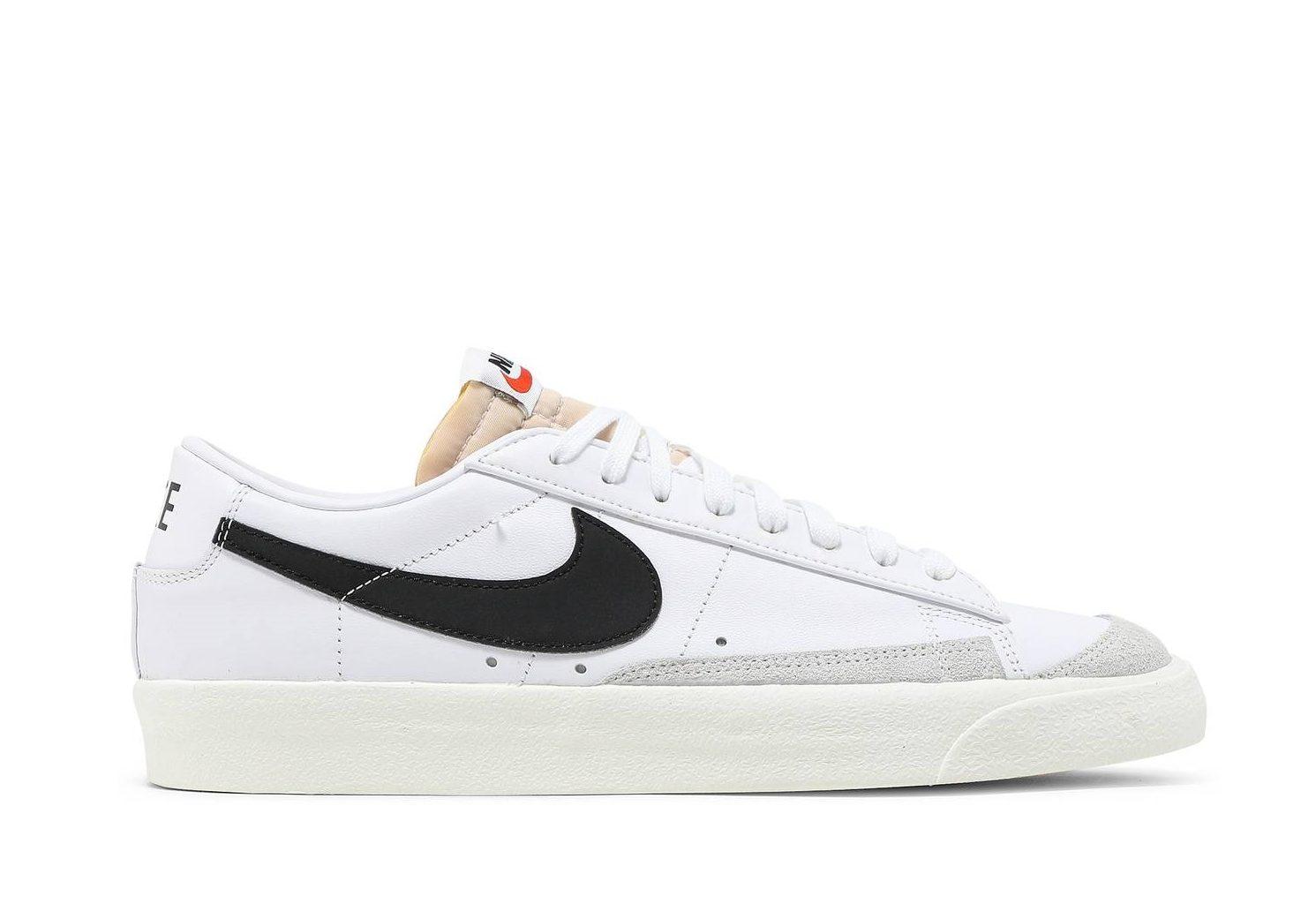 Krossovki-Nike-Blazer-Low-77-Vintage-White-Black-e1625779454400